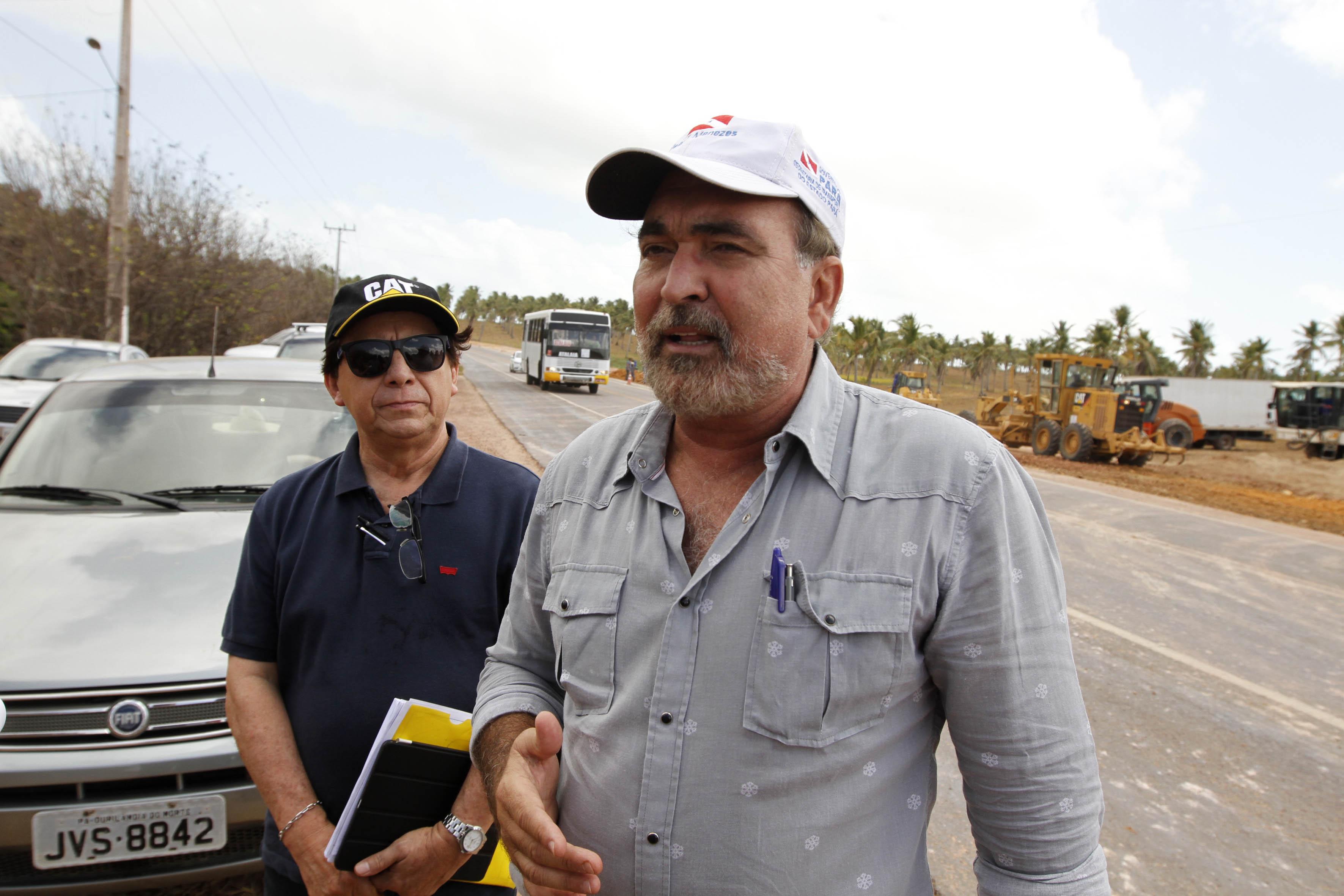 O secretário de Transportes do Pará, Kleber Menezes, esteve no local na sexta-feira, fiscalizando o andamento dos trabalhos.